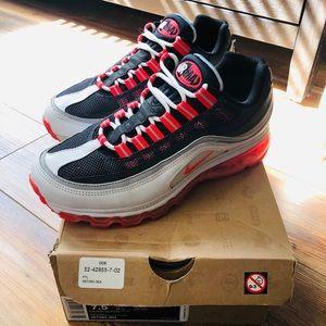 Womens Nike Air Max 24-7, 7.5